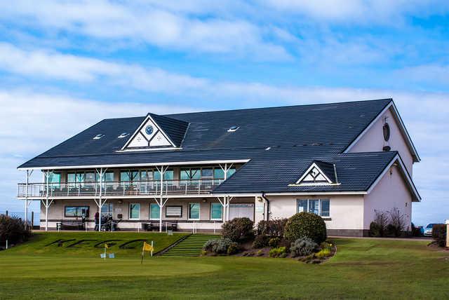 Knott End Golf Club Lady Golfers raise  £2,300 for Rainbow Hub